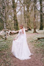 Bröllopsporträtt av brud