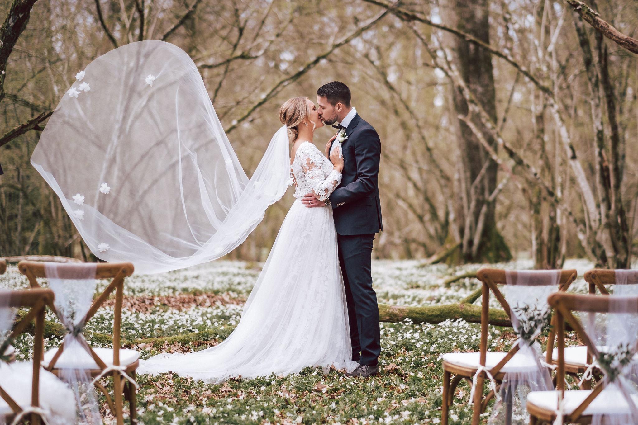 Stylat vårbröllop i Prästalund